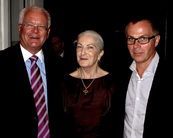 Murray Shaw , Sue Hackett and Dr De  Villiers Smit